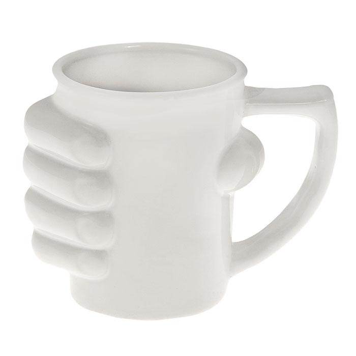 Кружка керамическая Рука, цвет: белый93480Кружка Рука, выполненная из высококачественной керамики, станет отличным подарком для человека, ценящего забавные и практичные подарки. Кружка белого цвета декорирована кистью руки, сжимающей ее. Такой подарок станет не только приятным, но и практичным сувениром: кружка станет незаменимым атрибутом чаепития, а оригинальный дизайн вызовет улыбку. Характеристики: Материал: керамика. Высота кружки: 11,5 см. Диаметр по верхнему краю: 9 см. Размер упаковки: 14 см х 11,5 см х 10 см. Артикул: 93480.