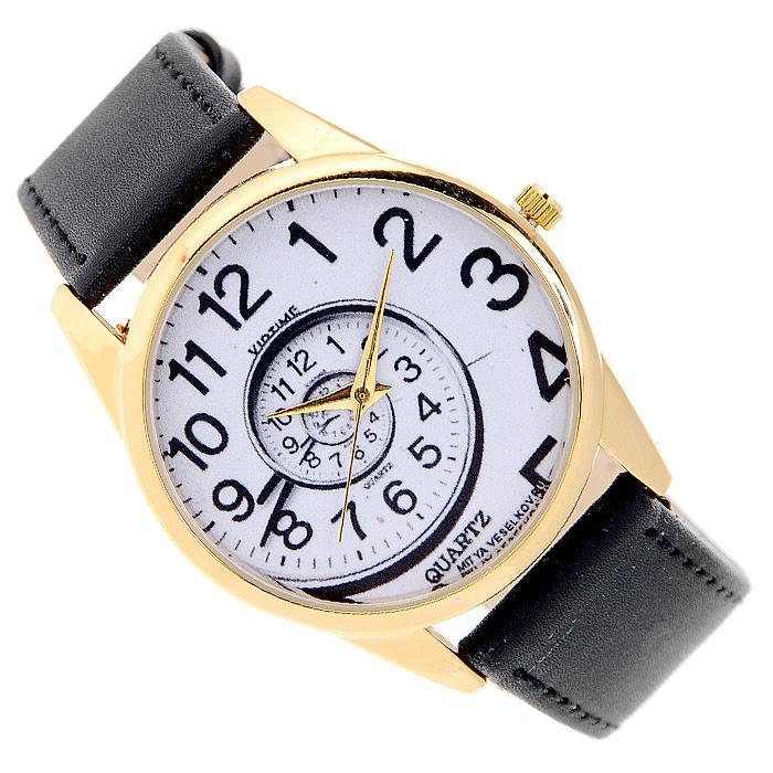 Часы Mitya Veselkov Спираль времени. Gold-06Gold-06Наручные часы Mitya Veselkov Спираль времени созданы для современных людей, которые стремятся выделиться из толпы и подчеркнуть свою индивидуальность. Часы оснащены японским кварцевым механизмом. Ремешок выполнен из натуральной кожи черного цвета, корпус изготовлен из металлического сплава с PVD покрытием. Циферблат оформлен изображением закручивающейся спирали и защищен минеральным стеклом. Часы размещаются на специальной подушечке и упакованы в фирменный стакан Mitya Veselkov.