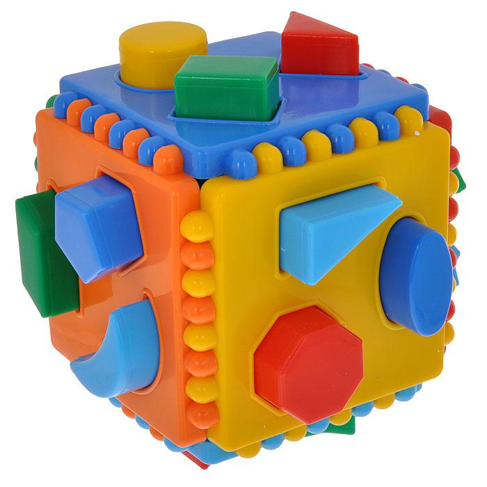 Игрушка-сортер Курносики. 2701827018Игрушка-сортер Курносики выполнена в виде кубика с 18 вставками разной геометрической формы. Стенки кубика выполнены из яркого пластика синего, голубого, зеленого, желтого, красного и оранжевого цветов, их можно разбирать и собирать заново. Задача малыша состоит в том, чтобы расположить яркие фигурки, входящие в комплект, в соответствующие им отверстия. Игрушка-сортер Курносики способствует развитию у малыша мелкой моторики рук, координации движений, знакомит с понятиями цвета, формы и размера предмета. Характеристики: Средний размер фигурки: 2,5 см x 2,5 см x 2,5 см. Размер игрушки-сортера: 11,5 см x 11,5 см x 11,5 см. Рекомендуемый возраст: от 2 лет.