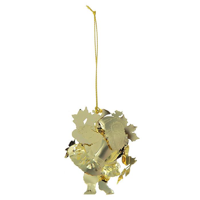 Новогоднее подвесное украшение Дед Мороз, цвет: золотистый. 2506025060Новогоднее подвесное украшение Дед Мороз, выполненное из золотистого металла, украсит интерьер вашего дома или офиса в преддверии Нового года. Оригинальный дизайн и красочное исполнение создадут праздничное настроение. Новогодние украшения всегда несут в себе волшебство и красоту праздника. Создайте в своем доме атмосферу тепла, веселья и радости, украшая его всей семьей.