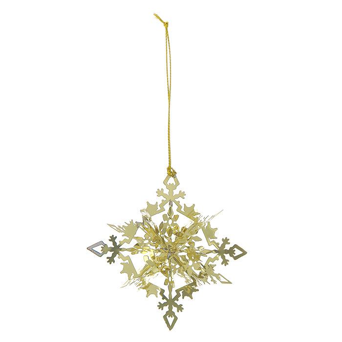 Новогоднее подвесное украшение Снежинка, цвет: золотистый. 2510225102Новогоднее подвесное украшение Снежинка, выполненное из золотистого металла, украсит интерьер вашего дома или офиса в преддверии Нового года. Оригинальный дизайн и красочное исполнение создадут праздничное настроение. Новогодние украшения всегда несут в себе волшебство и красоту праздника. Создайте в своем доме атмосферу тепла, веселья и радости, украшая его всей семьей.