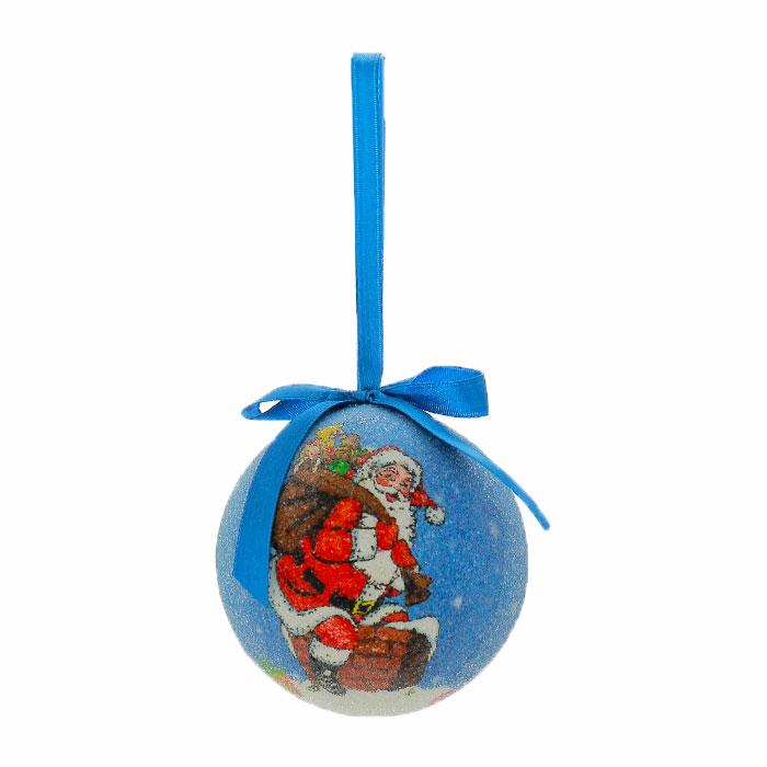 Набор подвесных новогодних украшений Шары, цвет: синий, 6 шт. Ф21-2144Ф21-2144Набор подвесных украшений Шары украсит новогоднюю елку и создаст теплую и уютную атмосферу праздника. В набор входят 6 шаров, выполненных из пластика синего цвета и оформленных изображением Санта Клауса. Шарики упакованы в пластиковую коробку. Елочная игрушка - символ Нового года. Она несет в себе волшебство и красоту праздника. Создайте в своем доме атмосферу веселья и радости, украшая всей семьей новогоднюю елку нарядными игрушками, которые будут из года в год накапливать теплоту воспоминаний. Характеристики: Материал: пластик, текстиль. Диаметр шара: 7,5 см. Размер упаковки: 22,5 см х 7 см х 15 см. Изготовитель: Китай. Артикул: Ф21-2144.