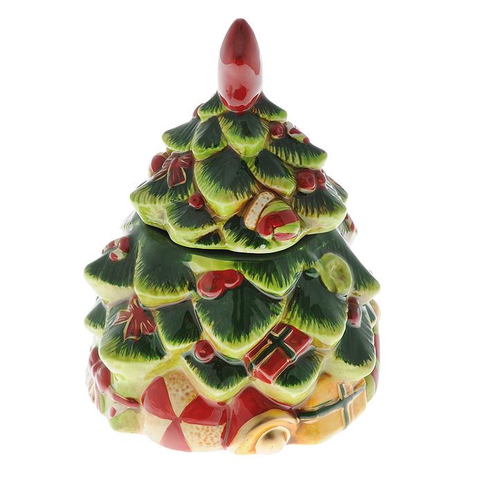 Шкатулка Елочка. Ф21-2088Ф21-2088Шкатулка Елочка изготовлена из керамики в виде украшенной новогодней елки. Она прекрасно дополнит праздничный интерьер и не оставит равнодушным ни одного любителя оригинальных вещей. Шкатулка станет практичным и запоминающимся подарком для ваших близких.