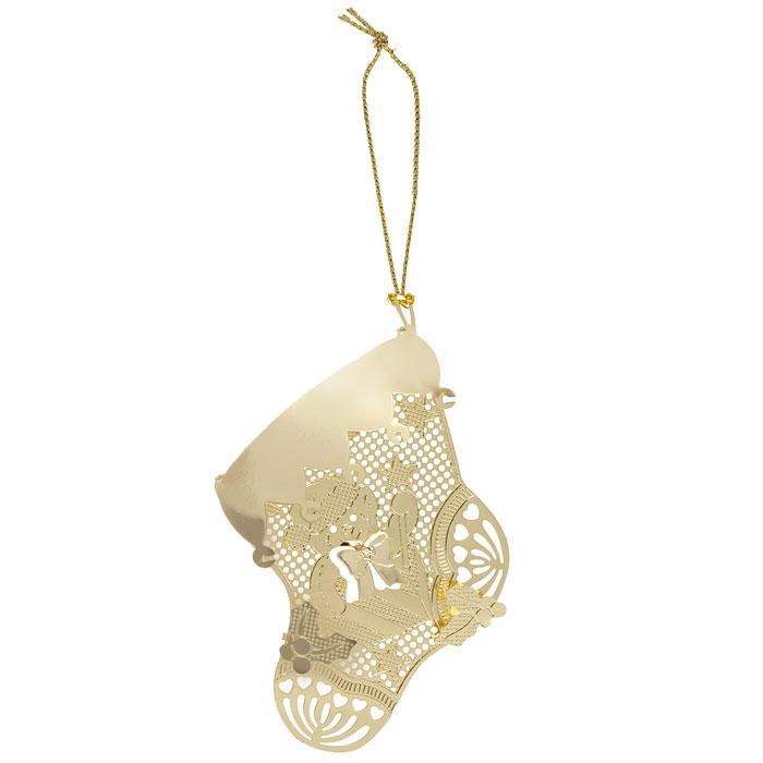 Новогоднее подвесное украшение Феникс-Презент Носок, цвет: золотистый. 2505525055Новогоднее подвесное украшение Феникс-Презент Носок, выполненное из золотистого металла, украсит интерьер вашего дома или офиса в преддверии Нового года. Оригинальный дизайн и красочное исполнение создадут праздничное настроение. Новогодние украшения всегда несут в себе волшебство и красоту праздника. Создайте в своем доме атмосферу тепла, веселья и радости, украшая его всей семьей.