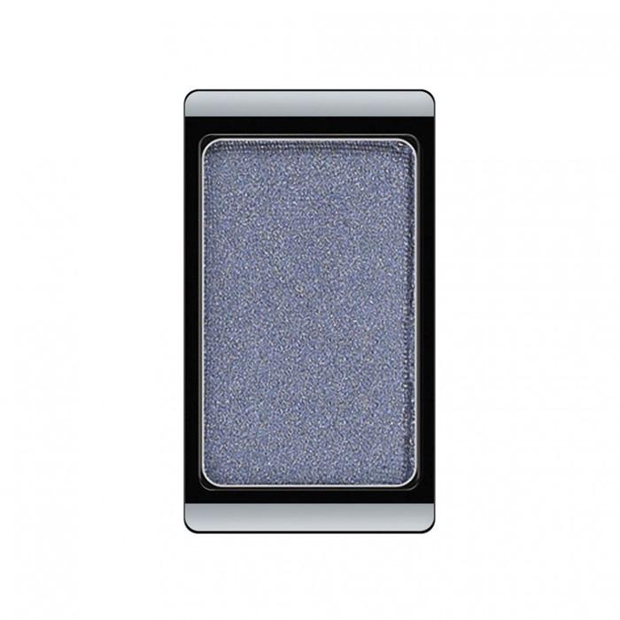 Artdeco Тени для век, перламутровые, 1 цвет, тон №72, 0,8 г30.72Перламутровые тени для век Artdeco придадут вашему взгляду выразительную глубину. Их отличает высокая стойкость и невероятно легкое нанесение. Это профессиональный продукт для несравненного результата! Упаковка на магнитах позволяет комбинировать тени по вашему выбору в элегантные коробочки. Тени Artdeco дарят возможность почувствовать себя своим собственным художником по макияжу! Характеристики: Вес: 0,8 г. Тон: №72. Производитель: Германия. Артикул: 30.72. Товар сертифицирован.