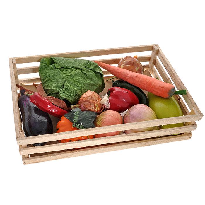 Набор декоративных овощей, в коробке, 36 см х 26 см х 9 см5300389Декоративный набор включает в себя: капусту, несколько видов перца и лука, баклажан, тыкву, морковь, кабачок. Овощи помещены вкоробку, сделанную из дерева. Оформление кухни декоративными овощами создаст уют в доме, а также по-настоящему радостную и теплую атмосферу.