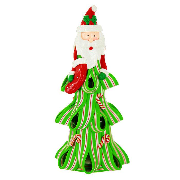 Декоративная композиция Дед Мороз, с подсветкой. 219945219945Декоративная композиция, выполненная из полистоуна в виде Деда Мороза с чулком для подарков, оснащена светодиодной подсветкой, которая мигает разноцветными огоньками. Вы можете поставить фигурку в любом месте, где она будет удачно смотреться, и радовать глаз. Кроме того, новогоднее украшение - отличный вариант подарка для ваших близких и друзей. Характеристики: Материал: полистоун. Размер фигурки: 8,5 см х 17,5 см х 8,5 см. Размер упаковки: 9 см х 19 см х 9 см. Артикул: 219945. Работает от 3 батареек типа AG13 (входят в комплект).