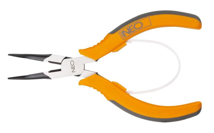 Плоскогубцы Neo, удлиненные, изогнутые, 140 мм01-103Плоскогубцы Neo изготовлены из хром ванадиевой стали. Они предназначены для захвата, зажима и удержания мелких деталей. Имеют эргономичные ручки.