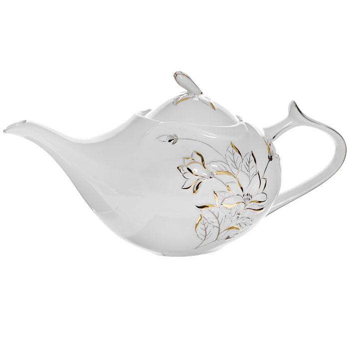 Чайник Палаццо, цвет: белый, 1 лGW 10005-1J35Чайник Палаццо с крышкой изготовлен из фарфора белого цвета. Он имеет изящную форму и декорирован барельефом цветков с золотистой и серебристой эмалью. Чайник сочетает в себе изысканный дизайн с максимальной функциональностью. Красочность оформления придется по вкусу и ценителям классики, и тем, кто предпочитает утонченность и изысканность. Чайник Палаццо упакован в подарочную коробку с логотипом компании. Высота чайника (без крышки): 12 см. Размер чайника (без носика и ручки): 15 х 13 см.