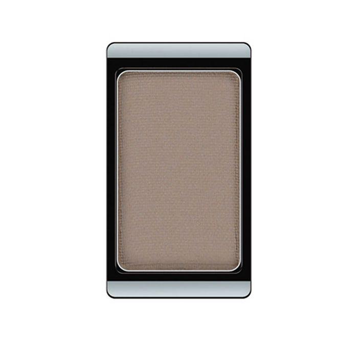 Artdeco Тени для век, матовые, 1 цвет, тон №520, 0,8 г30.520Матовые тени Artdeco - экстремально высоко пигментированные профессиональные тени, которые прекрасно подходят для макияжа Smoky Eyes, для женщин, не использующих перламутровые текстуры, и фотосъемок. Их гладкая, шелковистая текстура и формула премиального качества созданы для ценителей безукоризненного макияжа. Практичная упаковка на магнитах позволит комбинировать их по вашему вкусу. Характеристики: Вес: 0,8 г. Тон: №520. Производитель: Германия. Артикул: 30.520. Товар сертифицирован.