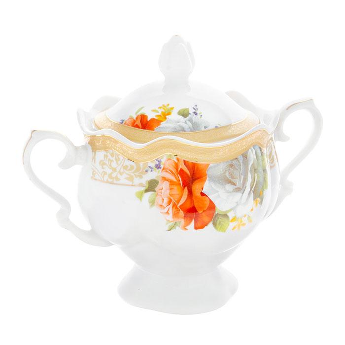 Сахарница Версаль, 330 мл222151AСахарница Версаль с крышкой изготовлена из фарфора белого цвета. Она имеет изящную форму и декорирована красочным рисунком с изображением роз. Такая сахарница придется по вкусу и ценителям классики, и тем, кто предпочитает утонченность и изысканность. Сахарница послужит не только приятным подарком, но и практичным сувениром. Она упакована в подарочную картонную коробку.