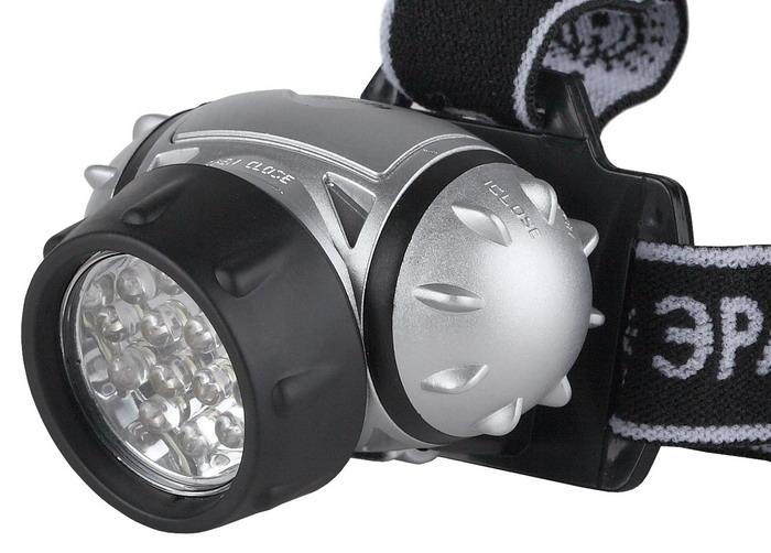 Налобный светодиодный фонарь ЭРА G14C0028508Налобный фонарь ЭРА G14 пригодится при работе в затемненных местах, ночной прогулке. Тканевый ремешок обеспечит комфорт при длительном ношении.