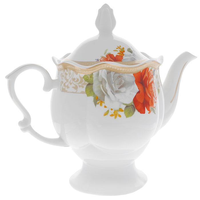 Чайник заварочный Версаль, цвет: белый, 1,45 л222150AЧайник заварочный Версаль с крышкой изготовлен из фарфора белого цвета. Он имеет изящную форму и декорирован красочным рисунком белых и красных роз, а также покрыт золотистой эмалью в виде линий. Чайник сочетает в себе изысканный дизайн с максимальной функциональностью. Красочность оформления придется по вкусу и ценителям классики, и тем, кто предпочитает утонченность и изысканность. Заварочный чайник Версаль упакован в стильную подарочную коробку из плотного картона синего цвета. Высота чайника (без крышки): 17 см. Диаметр чайника (без носика и ручки): 14 см.