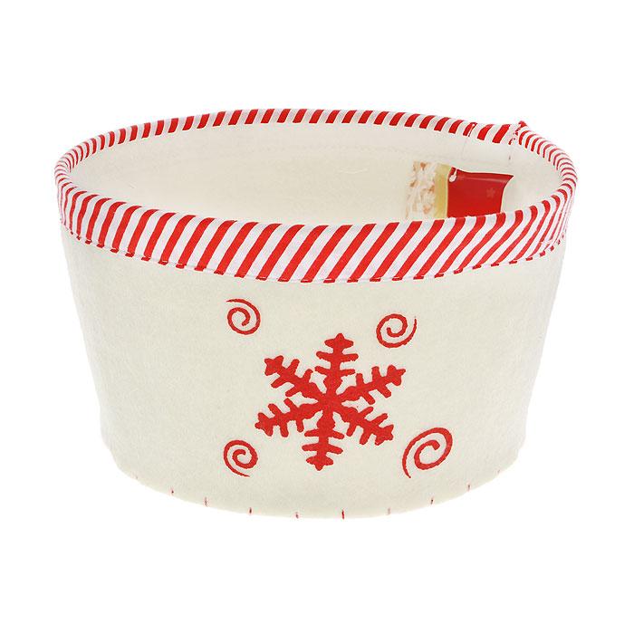 Сухарница House & Holder Снежинка, цвет: белый. 117003117003Оригинальная сухарница, выполненная из фетра белого цвета, декорирована отстрочкой и текстильной окантовкой по краю, а также рисунком в виде снежинки. Сухарница станет необычным дополнение к праздничному столу, послужит приятным и полезным сувениром для близких и родных.