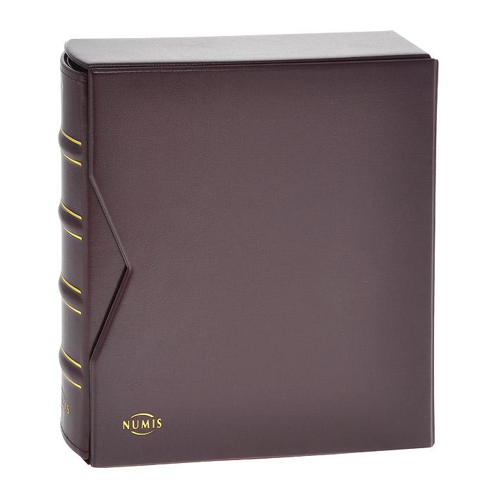 Альбом для банкнот Numis, в шубере, с 20 листами. Цвет бордовый. CLNUMALBBNL1116 MАльбом для банкнот Numis выполнен из искусственной кожи бордового цвета в классическом дизайне с подходящей защитной кассетой. Переплет с 4-кольцевой механикой. Включает 10 прозрачных листов-обложек Numis 2C и 10 прозрачных листов-обложек Numis 3C.