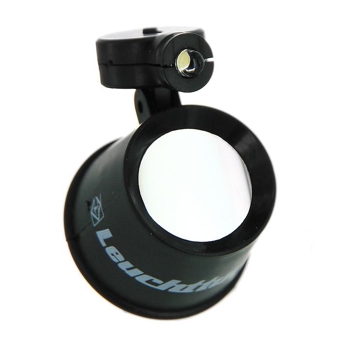 Лупа Leuchtturm Lu-70 LED, увеличение 10332317С помощью ювелирной лупы Lu-70 LED 10-кратным увеличением вы сможете рассматривать ваш коллекционный материал в непосредственной близости, различая при этом мельчайшие детали. Высококачественная линза из стекла вставлена в пластмассовый корпус. Предусмотрена подсветка при помощи светодиода с регулируемым шарниром. Питание осуществляется от батарейки R 44 (входит в комплект).