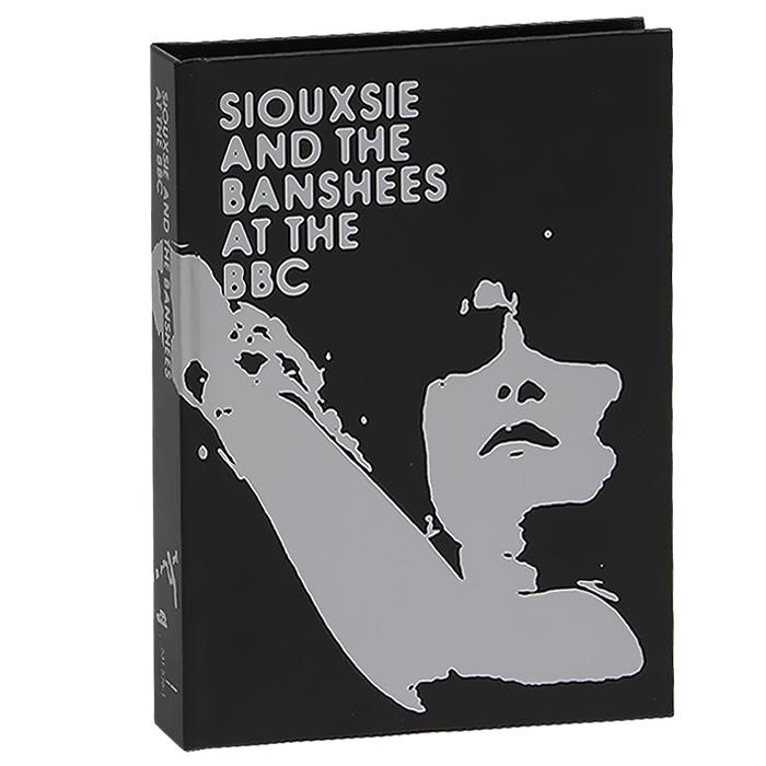Подарочное издание упаковано в картонный DigiPack размером 14 см х 19 см с 32-страничным буклетом-книгой, закрепленным в середине упаковки. Буклет содержит фотографии и дополнительную информацию на английском языке.