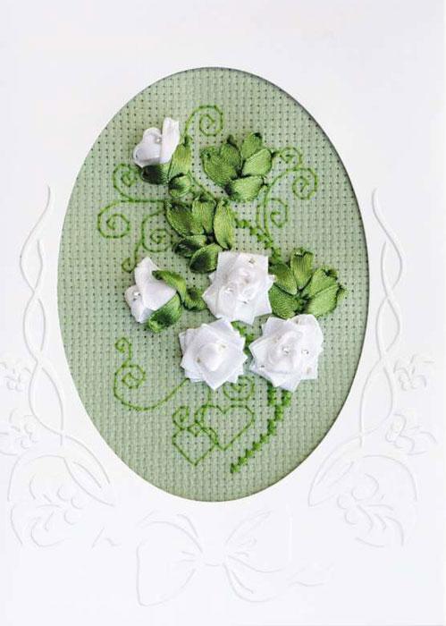 Набор для вышивания Открытка К свадьбе, 11,8 см х 16,4 см1301АСНабор для вышивания крестом К свадьбе включает в себя: бисер (1 вид), ленты (2 вида), нитки мулине Anchor (1 цвет), 2 иглы, готовое картонное паспарту с окошком под вышивку. С помощью такого набора вы сможете создать своими руками очаровательный рисунок-вышивку, которая оригинально украсит интерьер вашего дома и станет прекрасным подарком для ваших друзей и близких. В комплект входит инструкция.