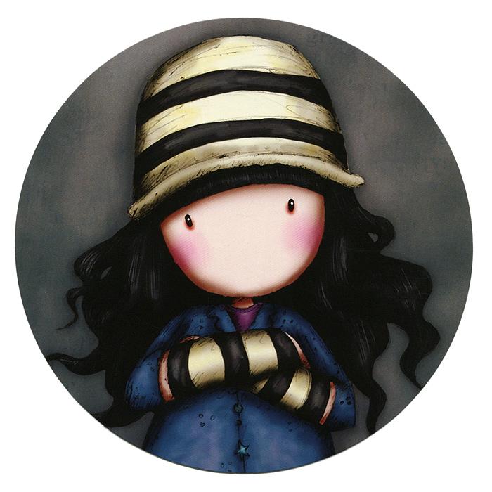 Открытка круглая Toadstools. 00110500011050Оригинальная круглая открытка Toadstools станет необычным и ярким дополнением к подарку дорогому и близкому вам человеку или просто добавит красок в серые будни. Открытка оформлена стилизованным рисунком шотландской художницы Сюзан Вулкотт (Suzanne Woolcott) с изображением основного персонажа своих произведений - девочки Горджус (Gorjuss) в полосатой шапочке. Обратная сторона оформлена как почтовая карточка, что позволит вам подписать открытку и указать адрес получателя.