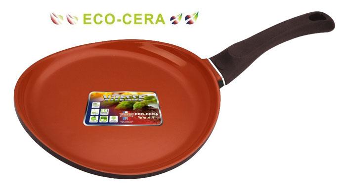 Сковорода Vitesse Cherry, цвет: коричневый. Диаметр 28 см. VS-2277VS-2277Сковорода Vitesse Cherry изготовлена из высококачественного алюминия. Внутреннее керамическое покрытие Eco-Cera, позволяющее готовить при высоких температурах, не оставляет послевкусия, делает возможным приготовление блюд без масла, сохраняет витамины и питательные вещества. Высокотехнологичное внешнее антипригарное покрытие коричневого цвета устойчиво к царапинам и механическим повреждениям. Покрытие безопасно для человека, не содержит PFOA. Утолщенное алюминиевое дно обеспечивает равномерное распределение тепла по поверхности. Сковорода снабжена удобной и высокопрочной ручкой из бакелита, которая не нагревается в процессе приготовления пищи. Индукционный антидеформационный диск защищает посуду от деформации и делает возможным использование на индукционных плитах. Сковорода Vitesse Cherry подходит для использования на всех типах кухонных плит, включая индукционные. Можно мыть в посудомоечной машине. Рекомендуется использовать специальные прихватки для...