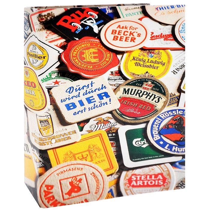 Альбом Grande Albbierdeckel для пивных подставок, с листами. Leuchtturm. 342618342618Альбом Albbierdeckel содержит 15 прозрачных пластиковых листов обложек, рассчитанных на 90 подставок. Каждый лист-обложка имеет шесть кармашков. Альбом может быть дополнен как максимум еще 20 листами-обложками на 120 пивных подставок. На обложке в ярких цветах представлено все разнообразие пивных подставок со всего света. Альбом практичный и немаркий благодаря моющемуся переплету. Листы крепятся при помощи квадратной 4-х кольцевой механики.