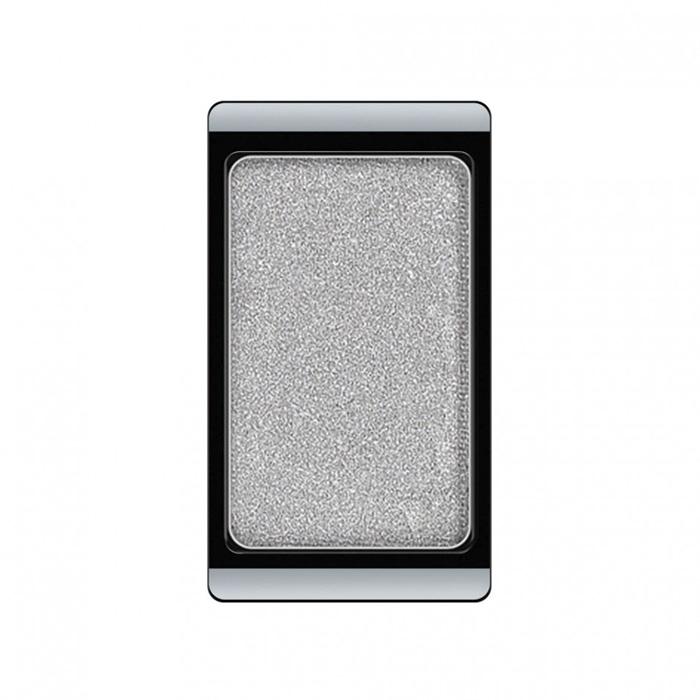 Artdeco Тени для век, перламутровые, 1 цвет, тон №06, 0,8 г30.06Перламутровые тени для век Artdeco придадут вашему взгляду выразительную глубину. Их отличает высокая стойкость и невероятно легкое нанесение. Это профессиональный продукт для несравненного результата! Упаковка на магнитах позволяет комбинировать тени по вашему выбору в элегантные коробочки. Тени Artdeco дарят возможность почувствовать себя своим собственным художником по макияжу!