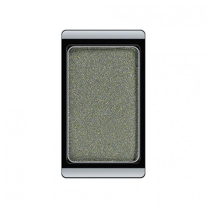 Artdeco Тени для век, перламутровые, 1 цвет, тон №40, 0,8 г30.40Перламутровые тени для век Artdeco придадут вашему взгляду выразительную глубину. Их отличает высокая стойкость и невероятно легкое нанесение. Это профессиональный продукт для несравненного результата! Упаковка на магнитах позволяет комбинировать тени по вашему выбору в элегантные коробочки. Тени Artdeco дарят возможность почувствовать себя своим собственным художником по макияжу!