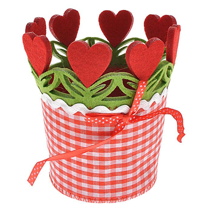 Декоративное украшение Сердце. 2763527635Оригинальное декоративное украшение, выполненное из фетра, декорировано красным бантиком, отстрочкой, текстильной окантовкой по краю, перфорацией в виде листочков и красных сердец. Декоративное украшение послужит приятным и полезным сувениром для близких и знакомых и, несомненно, доставит массу положительных эмоций своему обладателю.