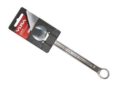 Ключ комбинированный Vira, 7 мм511002Ключ комбинированный Vira станет отличным помощником монтажнику или владельцу авто. Этот инструмент обеспечит надежную фиксацию на гранях крепежа. Благодаря изогнутой с одной стороны на 70 градусов, головке, Вы обеспечите себе удобный доступ к элементам крепежа и безопасность. Специальная хромованадиевая сталь повышает прочность и износ инструмента.