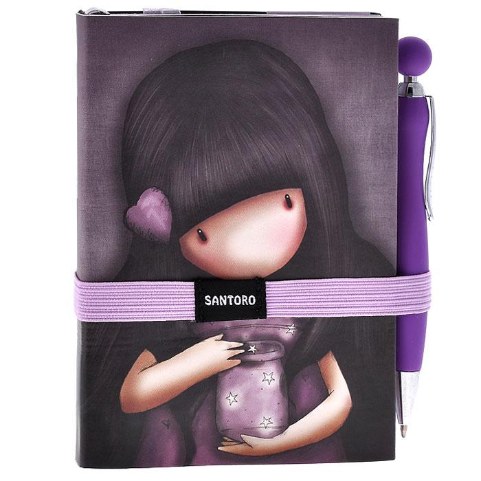 Блокнот с ручкой We Can All Shine, цвет: фиолетовый. 00130080013008Практичный блокнот в мягкой обложке We Can All Shine не позволит потеряться ни одной идее в потоке событий и станет прекрасным подарком для любительницы оригинальных вещиц. Обложка выполнена из мягкого, но прочного материала и оформлена изображением очаровательной девочки. Внутренний блок выполнен из тонированных листов в линейку трех цветов: голубого, розового, фиолетового. Три закладки-ляссе помогут ориентироваться в записях. На задней обложке расположен вместительный кармашек для заметок. В комплект входит автоматическая шариковая ручка. Блокнот и ручка надежно фиксируются широкой поперечной резинкой.