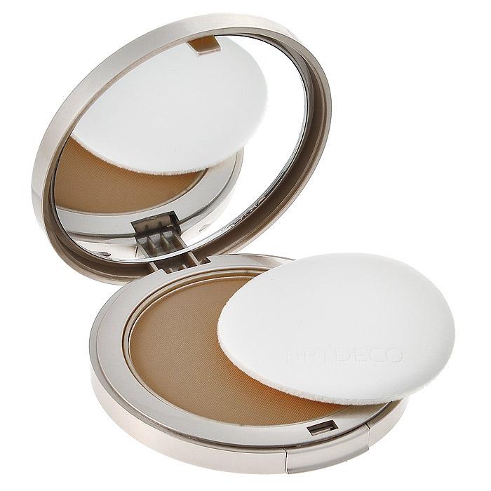 Artdeco Пудра компактная Pure, минеральная, тон №25, 9 г404.25Минеральная компактная пудра Artdeco Pure уникальный продукт, подходящий всем возрастам и любому типу кожи. Это не только красота, но и здоровье вашей кожи: 100% минеральный состав может использоваться даже после пластического вмешательства и косметических пилингов. Натуральные солнечные фильтры в составе пудры - идеальные союзники в защите от солнца! Необыкновенно легкая, воздушная текстура безукоризненно ложится на кожу, создавая невероятно естественный макияж. Смените бледность на очарование! Сменный блок вставляется в элегантный футляр с зеркалом.