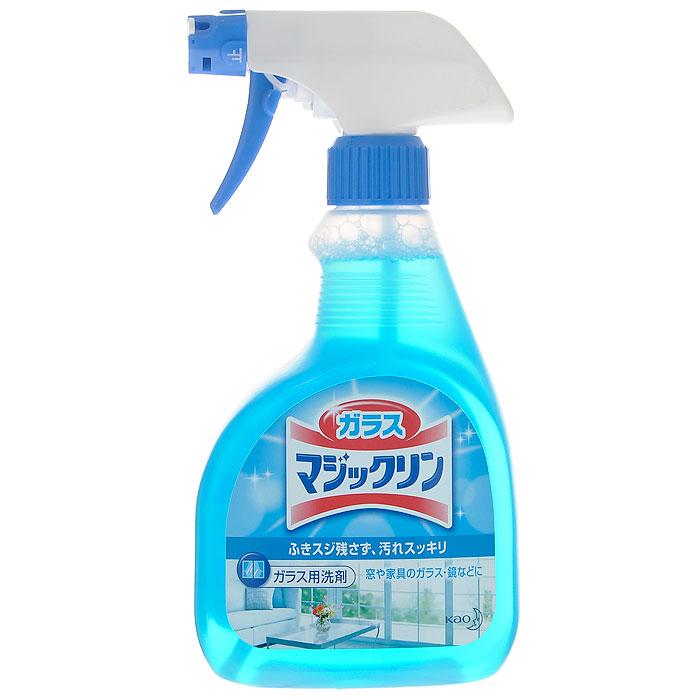 Спрей-пенка для чистки стекол KAO Glass Magiclean. Bubble Spray, без аромата, 400 мл23791Спрей-пенка KAO Glass Magiclean. Bubble Spray предназначена для очищения стеклянных поверхностей, окон, стекол автомобиля и зеркал. Средство при нажатии выходит в виде пены, поэтому оно не растекается и не капает, что значительно экономит расход продукта. Активные ингредиенты глубоко проникают во въевшуюся грязь и удаляют ее, не оставляя разводов и полос. Спрей-пенка оказывает дезинфицирующее действие и создает невидимую для глаз защитную пленку, которая не позволяет частичкам пыли оседать на очищаемые поверхности. После применения средства дом засверкает чистотой!