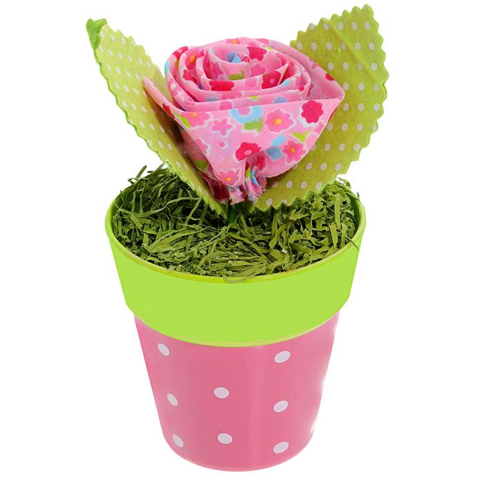 Декоративное украшение Цветочек в горшочке. 2538125381Оригинальное декоративное украшение оформлено в виде пластикового горшочка с зеленой травой и с мягким розовым цветком с листочками. Декоративное украшение Цветочек в горшочке послужит приятным и полезным сувениром для близких и знакомых и, несомненно, доставит массу положительных эмоций своему обладателю.