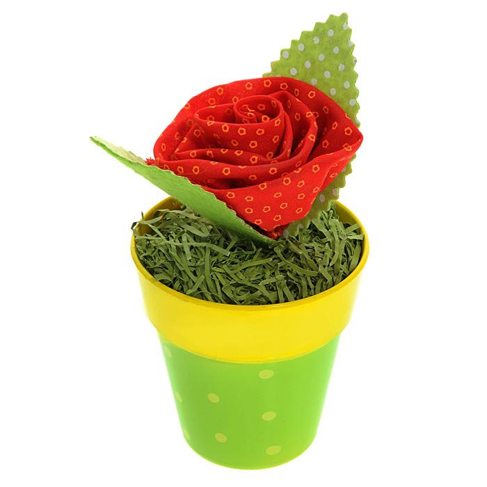 Декоративное украшение Цветочек в горшочке. 2538225382Оригинальное декоративное украшение оформлено в виде пластикового горшочка с зеленой травой, с мягким цветком и зелеными листочками. Декоративное украшение Цветочек в горшочке послужит приятным и полезным сувениром для близких и знакомых и, несомненно, доставит массу положительных эмоций своему обладателю.
