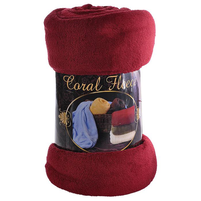 Покрывало флисовое Coral Fleece, цвет: бордовый, 220 х 200 смРКG-200х220Мягкое и приятное на ощупь покрывало Coral Fleece, изготовленное из флиса, согреет в прохладные вечера и сделает ваш дом уютным. Покрывало не скатывается и не вызывает аллергии, легко стирается и быстро сохнет. Покрывало хорошо впишется в стиль вашего дома и создаст атмосферу гармонии и спокойствия. Наслаждайтесь комфортом и уютом с покрывалом Coral Fleece и пусть в вашем доме будет тепло! Характеристики: Материал: флис (100% полиэстер). Цвет: бордовый. Размер: 200 см х 220 см. Артикул: РКG-200х220.