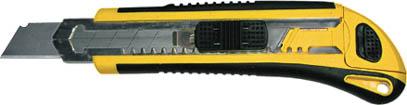 Нож FIT c системой фиксации лезвия Auto-lock, 18 мм (3 запасных лезвия в комплекте)