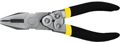 Пассатижи FIT Рычажный тип, 180 мм51005Пассатижи Fit обладают прочной стальной конструкцией. Губки инструмента обладают антикоррозийным покрытием, что обеспечивает долгий срок службы. Пассатижи имеют широкий спектр применения. Данный инструмент оснащен механизмом саморазжима, что позволяет приложить большее усилие при сведении губок по сравнению с обычными пассатижами. Изделие изготовлено из шлифованной хром-ванадиевой стали и оснащено удобными эргономичными рукоятками из двухслойного ПВХ.