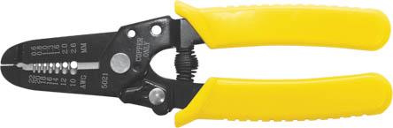 Клещи для снятия изоляции FIT, универсальные, 0,6-2,6 мм60021Клещи для снятия изоляции FIT предназначены для удаления оболочки от 0,6 мм до 2,6 мм с кабелей. Инструментальная сталь существенно продлевает срок службы инструмента. На рукоятках есть особые ребристые чехлы из нескользящего пластика, благодаря которым работать комфортнее.