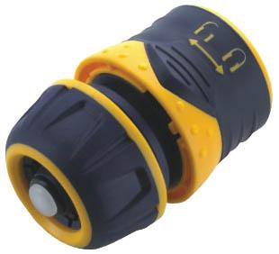 Соединитель для шлангов FIT, цвет: черный, оранжевый. 7743077430Пластиковый соединитель FIT применяется для быстрого и надежного соединения шланга 1/2. С любой насадкой поливочной системы. Совместим со всеми элементами аналогичной поливочной системы.