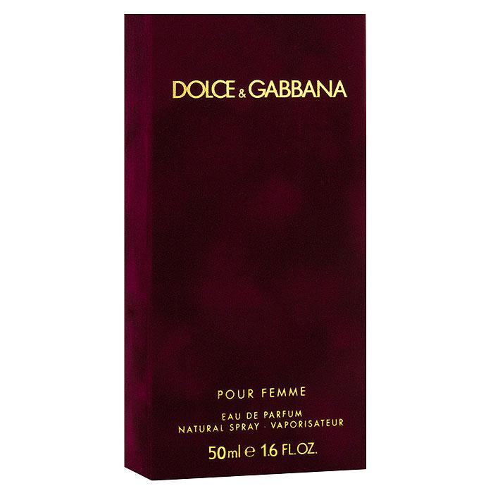 Dolce & Gabbana Парфюмерная вода Pour Femme, 50 мл0737052598031Dolce & Gabbana Pour Femme - прошло 20 лет с тех пор, как знаменитый дизайнерский дуэт D&G представил миру свой первый женский аромат Dolce & Gabbana. Аромат сразу же стал бестселлером на многие годы. В сентябре 2012 года знаменитые творцы решили выпустить более зрелую версии дебютного аромата. Классификация аромата : цветочный. Пирамида аромата : Верхние ноты: малина, мандарин, нероли. Ноты сердца: жасмин, цветы апельсина. Ноты шлейфа: ваниль, зефир, гелиотроп, сандал. Ключевые слова Манящий, сладкий, страстный, чувственный, яркий!
