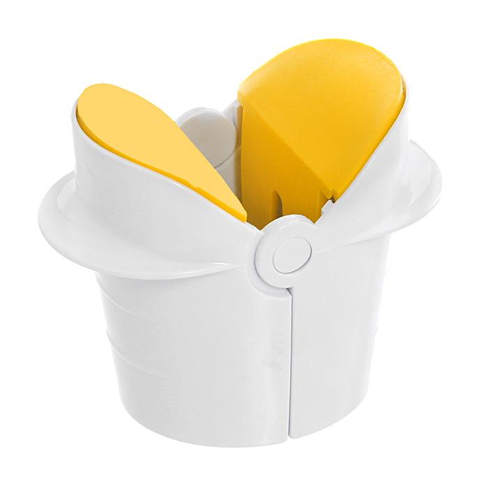 Яйцечистка House & Holder, цвет: белый желтый 8080080800Яйцечистка, изготовленная из пластика и силикона, разбивает яйца быстро и легко. Просто положите яйцо в легкий инструмент, слегка надавите на корпус и вы получите чистый желток с белком без скорлупы, оставив стол и руки чистыми.
