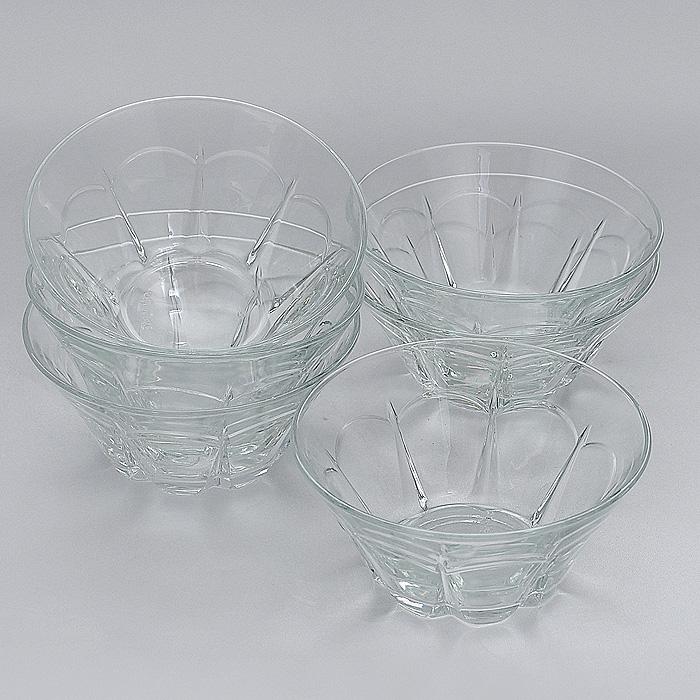 Набор салатников Pera, диаметр 13 см, 6 шт53883Набор Pera, выполненный из высококачественного стекла, состоит из шести салатников круглой формы. Салатники оформлены изящными гранями. Они прекрасно подойдут для сервировки стола и станут достойным оформлением для ваших любимых блюд. Изящный дизайн, высокое качество и функциональность набора Pera позволят ему стать достойным дополнением к вашему кухонному инвентарю. Характеристики: Материал: натрий-кальций-силикатное стекло. Комплектация: 6 шт. Диаметр салатника по верхнему краю: 13 см. Высота салатника: 6 см. Размер упаковки: 40 см х 26,5 см х 7,5 см. Артикул: 53883.