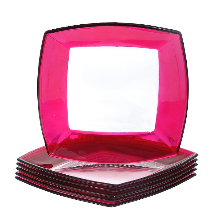 Набор тарелок Tokio, цвет: розовый, 6 шт54077FНабор Tokio состоит из шести тарелок, выполненных из закаленного стекла, благодаря чему посуда будет использоваться очень долго, при этом сохраняя свой внешний вид. Квадратные тарелки декорированы по краю розовой окантовкой. Они сочетают в себе изысканный дизайн с максимальной функциональностью. Оригинальность оформления тарелок придется по вкусу и ценителям классики, и тем, кто предпочитает утонченность и изящность. Набор тарелок Tokio послужит отличным подарком к любому празднику. Характеристики: Материал: стекло. Цвет: розовый. Размер тарелки: 19,5 см х 19,5 см. Высота стенок тарелки: 2 см. Комплектация: 6 шт. Размер упаковки: 20,5 см х 20 см х 8 см. Артикул: 54077F.