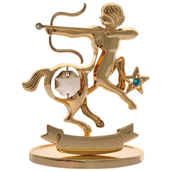 Фигурка декоративная Знак зодиака Стрелец, цвет: золотистый67236Декоративная фигурка Знак зодиака Стрелец, золотистого цвета, станет необычным аксессуаром для вашего интерьера и создаст незабываемую атмосферу. Кристаллы, украшающие фигурку, носят громкое имя Swarovski. Ограненные, как бриллианты, кристаллы блистают сотнями тысяч различных оттенков. Эта очаровательная вещь послужит отличным подарком близкому человеку, родственнику или другу, а также подарит приятные мгновения и окунет вас в лучшие воспоминания. Фигурка упакована в подарочную коробку. Характеристики: Материал: металл (углеродистая сталь, покрытие золотом 0,05 микрон), австрийские кристаллы. Размер фигурки: 7 см х 8,5 см х 3,2 см. Цвет: золотистый. Размер упаковки: 9,5 см х 11,5 см х 4,5 см. Артикул: 67236. Более чем 30 лет назад компания Crystocraft выросла из ведущего производителя в перспективную торговую марку, которая задает тенденцию благодаря безупречному чувству красоты и стиля. Компания создает изящные,...