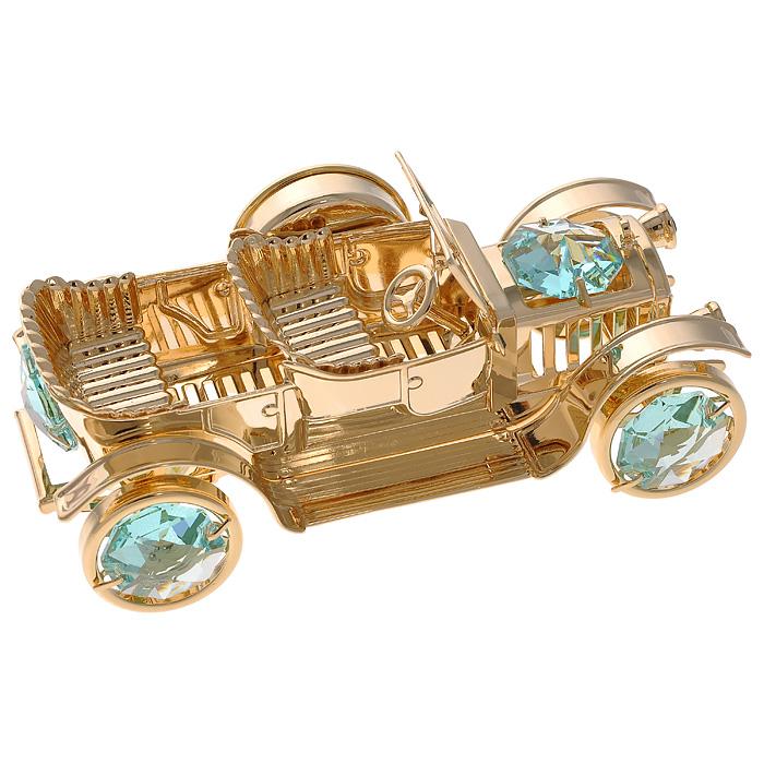 Фигурка декоративная Ретро-автомобиль, с часами, цвет: золотистый67217Декоративная фигурка Ретро-автомобиль, золотистого цвета, станет необычным аксессуаром для вашего интерьера и создаст незабываемую атмосферу. Фигурка оснащена часовым циферблатом и инкрустирована зелеными кристаллами. Кристаллы, украшающие фигурку, носят громкое имя Swarovski. Ограненные, как бриллианты, кристаллы блистают сотнями тысяч различных оттенков. Эта очаровательная фигурка с часами послужит отличным функциональным подарком, а также подарит приятные мгновения и окунет вас в лучшие воспоминания. Фигурка упакована в подарочную коробку.