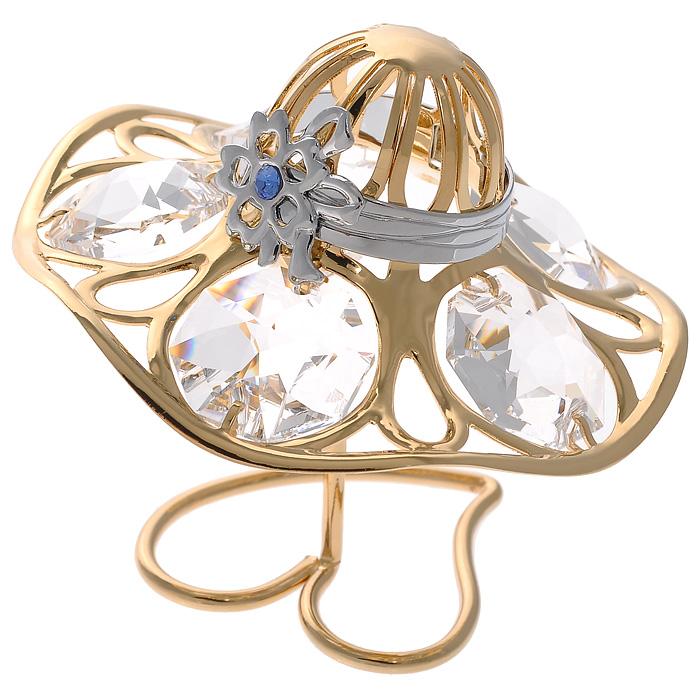 Фигурка декоративная Шляпка, цвет: золотистый67145Декоративная фигурка Шляпка, золотистого цвета, станет необычным аксессуаром для вашего интерьера и создаст незабываемую атмосферу. Фигурка выполнена в виде элегантной шляпки на подставке и инкрустирована белыми кристаллами. Кристаллы, украшающие фигурку, носят громкое имя Swarovski. Ограненные, как бриллианты, кристаллы блистают сотнями тысяч различных оттенков. Эта очаровательная вещь послужит отличным подарком близкому человеку, родственнику или другу, а также подарит приятные мгновения и окунет вас в лучшие воспоминания. Фигурка упакована в подарочную коробку.