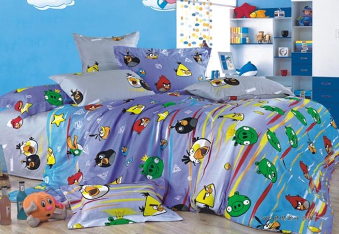 Комплект белья Angry Birds (2-х спальный КПБ, сатин, наволочки 50х70), цвет: розовыйСП-2-50/3АВКомплект постельного белья Angry Birds является экологически безопасным для всей семьи, так как выполнен из натурального хлопка. Комплект состоит из пододеяльника, простыни и двух наволочек. Постельное белье оформлено изображением персонажей из популярной игры Angry Birds. Сатин - производится из высших сортов хлопка, а своим блеском, легкостью и на ощупь напоминает шелк. Такая ткань рассчитана на 200 стирок и более. Постельное белье из сатина превращает жаркие летние ночи в прохладные и освежающие, а холодные зимние - в теплые и согревающие. Благодаря натуральному хлопку, комплект постельного белья из сатина приобретает способность пропускать воздух, давая возможность телу дышать. Одно из преимуществ материала в том, что он практически не мнется и ваша спальня всегда будет аккуратной и нарядной.