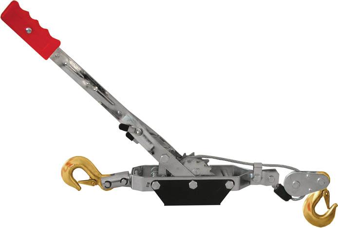 Лебедка ручная FIT 6464864648Ручная автомобильная лебедка FIT 64648 (усиленная) имеет усиленную конструкцию и позволяет перемещать грузы до 4000 кг по горизонтальной и наклонной поверхностям. Легкая, не требующая специальных условий хранения, смазки и переборки. Лебедка FIT 64648 отлично подойдет не только для вытягивания застрявших транспортных средств, но и для строительных и монтажных работ.