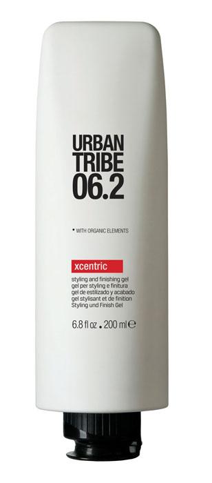 Urban Tribe Гель для волос Xcentric, моделирующий, 200 мл52128Моделирующий гель для волос Urban Tribe Xcentric легко придает форму и фиксирует укладку. Подходит для моделирования прически, завершающих штрихов или создания эффекта мокрых волос. Высокотехнологичный полимер (смола) создает эффект памяти, не оставляя следов на волосах, благодаря эластичности покрывающих веществ. Фиксирующий полимер создает эффект покрытия волос для более длительного сохранения укладки. Витамин Е, антиоксидант. Органические, эко-сертифицированные элементы оказывают увлажняющее, ухаживающее и антиоксидантное действие.