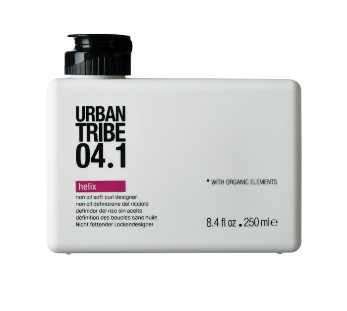 Urban Tribe Гель Helix для укладки вьющихся волос, 250 мл52111Гель Urban Tribe Helix для укладки вьющихся волос придает густоту, эластичность и форму всем типам волос. Особенно подходит для волос с химической завивкой и вьющихся волос. Делает волосы послушными, блестящими и здоровыми. Катионный полимер с антистатическим действием ухаживает за локонами. Фиксирующий полимер создает эффект покрытия волос для более длительного сохранения укладки. Катионный кондиционер нового поколения позволяет легко расчесывать волосы, не утяжеляя их. Пантенол и сок алоэ вера оказывают увлажняющее и успокаивающее действие. Органические, эко-сертифицированные элементы оказывают увлажняющее, ухаживающее и антиоксидантное действие.